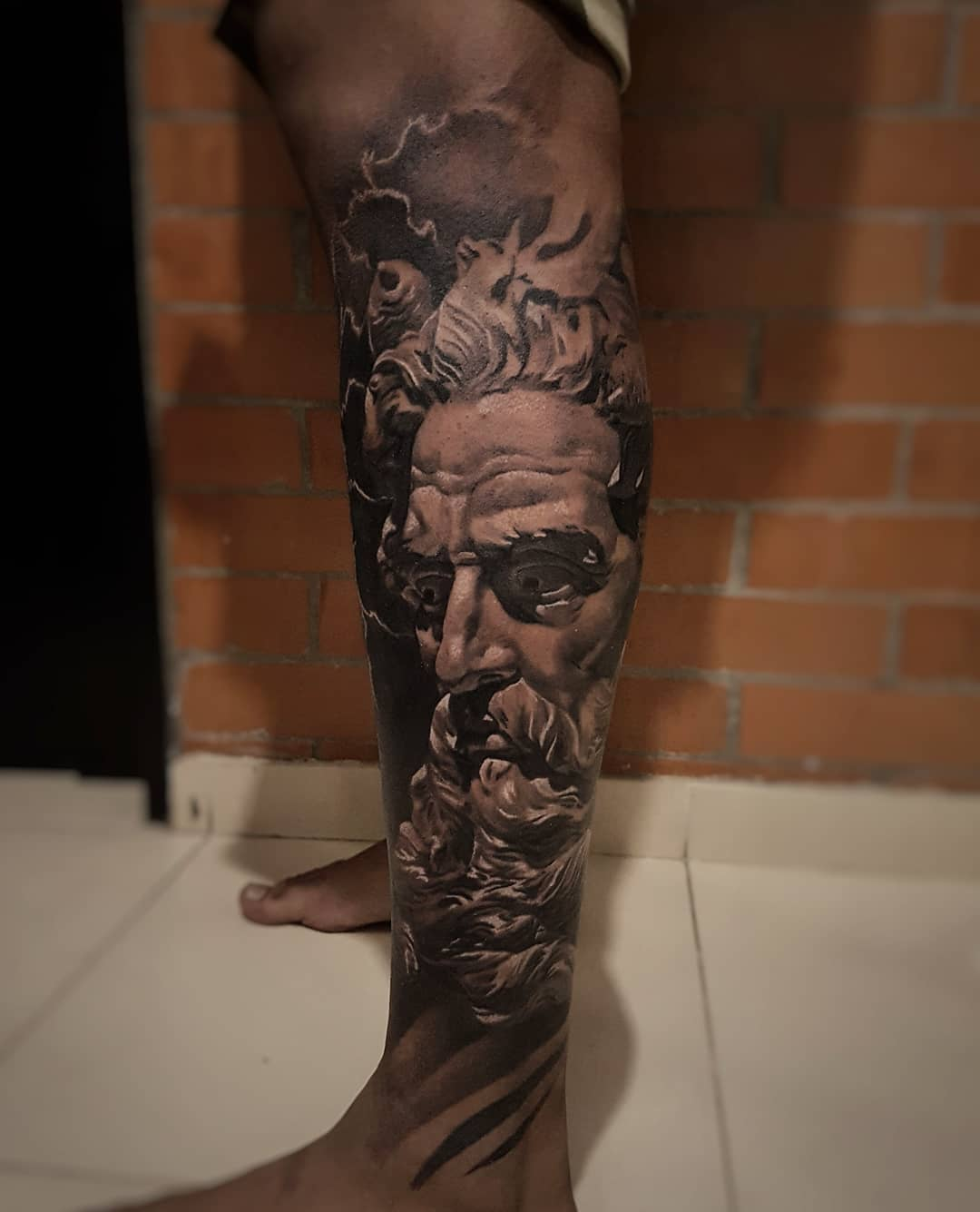 https://artdrivertattoomachines.com/wp-content/uploads/2019/10/adrada.art_42648151_253593022173130_3994461432340531572_n.jpg